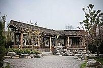 中式古朴折廊镂空墙面装饰