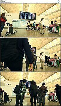 香港国际机场旅客看航班实拍视频