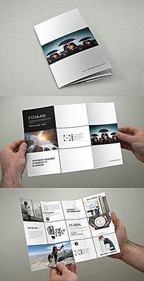 黑色大气企业折页设计