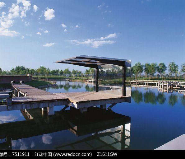 水景木平台构架图片