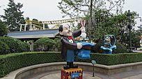 游乐园魔术师雕塑