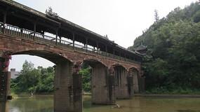 拱形古建木质风雨桥