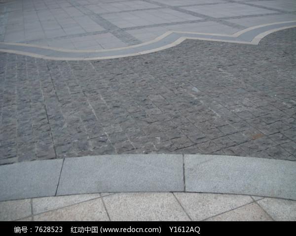 中式铺装地面图片