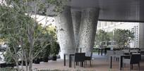 建筑立柱镂空图案装饰