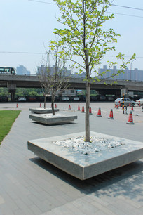 现代方形树池 JPG