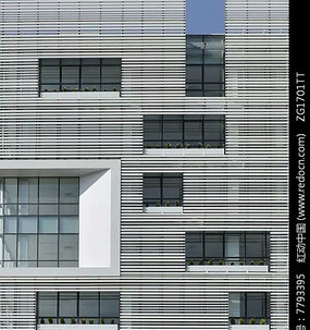 建筑立面不规则开窗设计