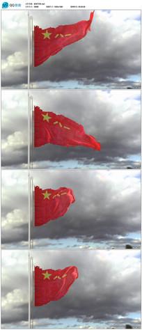 战争中破损的军旗