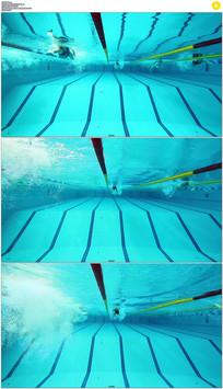 游泳池游泳潜水实拍视频素材