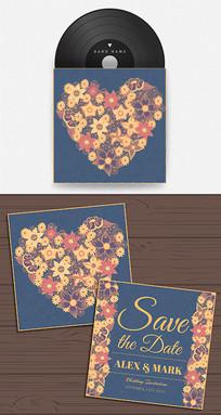花纹组成的心形婚礼邀请函封面