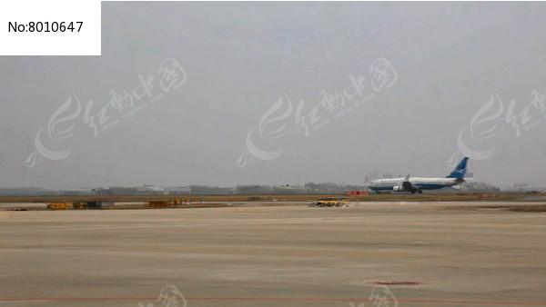 机场拍的飞机降落过程视频