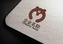 卡通熊字母标志