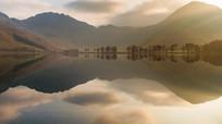美轮美奂的湖景倒影奇观实拍素材