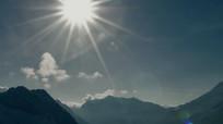 太阳从雪山升起延时2K实拍视频