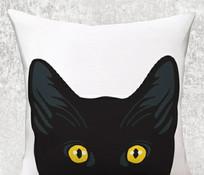 小黑猫抱枕