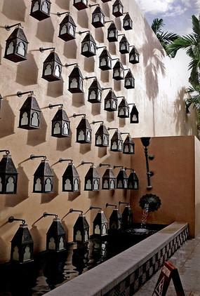 壁挂式典雅灯具