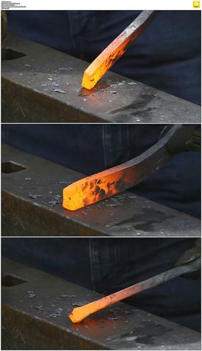 铁匠打铁实拍视频素材 mov