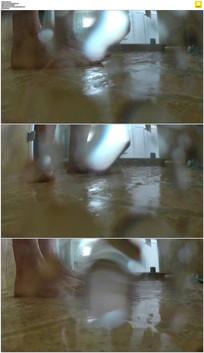 洗澡实拍视频素材