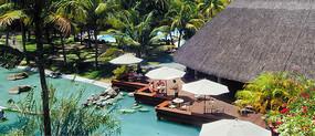 东南亚风格亲水木平台