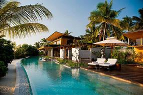 度假别墅泳池休闲景观