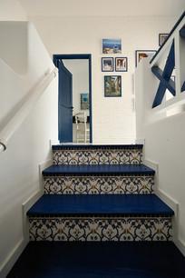 现代地中海风格室内楼梯