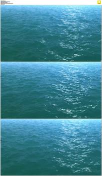 平静的蓝色海洋实拍视频素材