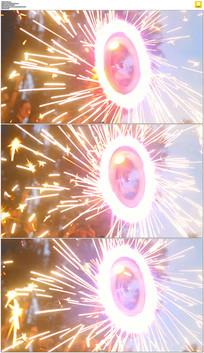 旋转的烟火轮实拍视频素材