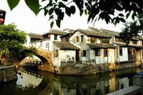 周庄特色围河建筑物