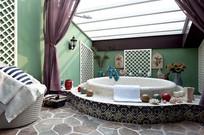 特色宾馆浴室装修 JPG