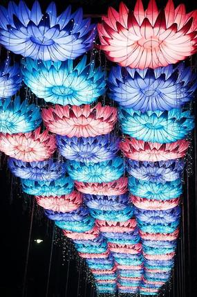 花朵造型灯具装饰