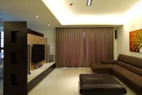 一般布置的大型客厅