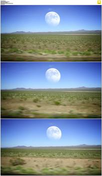 沙漠开车前进实拍视频素材