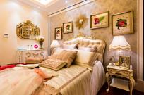 暖系欧式卧室效果图