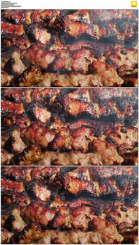 焦嫩的烤肉实拍视频素材 mov