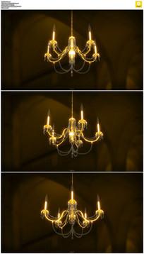 旋转的金色吊灯实拍视频素材