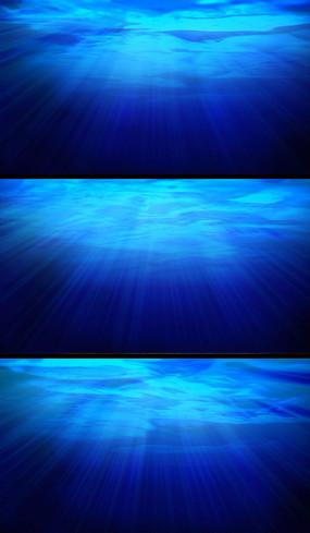 阳光透过海水视频素材