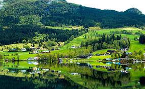 绿色乡村风景图
