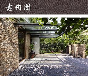 现代庭院小方石铺装图片