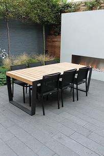 现代庭院餐桌餐椅