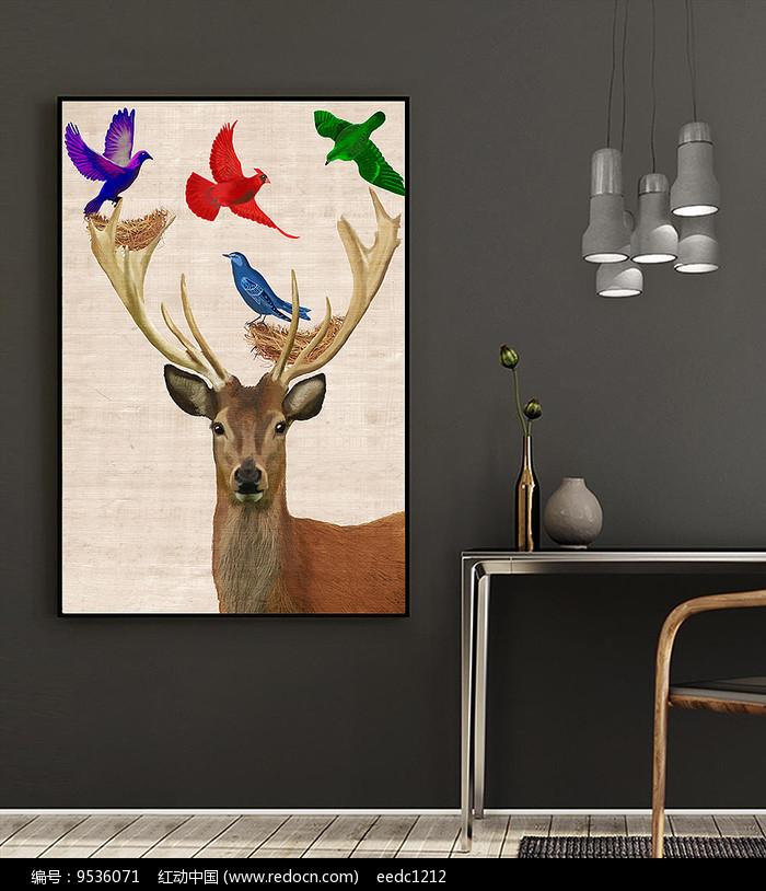 北欧风手绘麋鹿装饰画图片