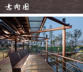 现代钢制廊桥