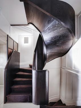 现代简约商店旋转楼梯