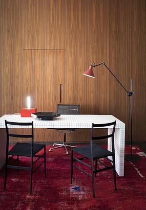 木墙壁元素方格书桌
