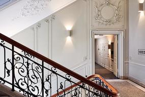欧式雕花墙壁楼梯意向