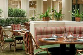田园风格美式室外餐厅