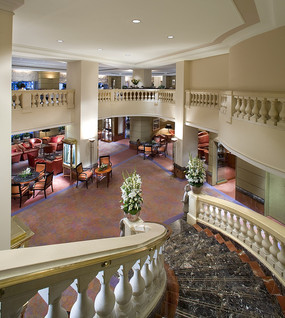 酒店楼梯空间透视图