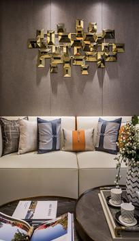 客厅沙发背景墙奇特的装饰物