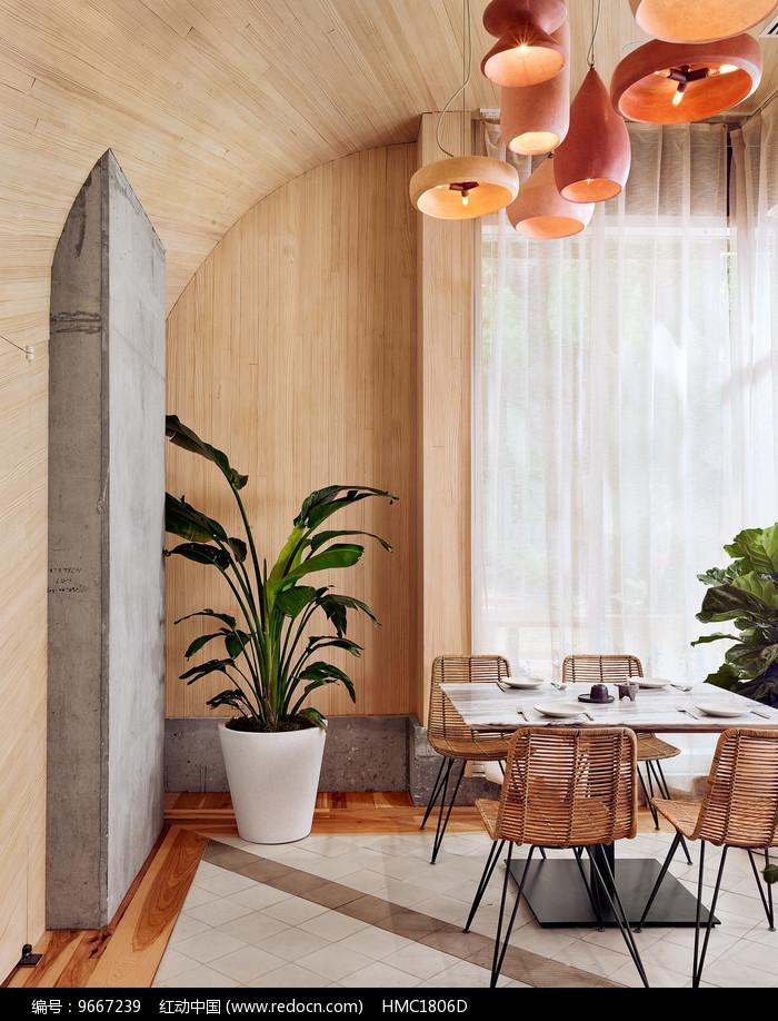混搭风餐厅四人座位图片