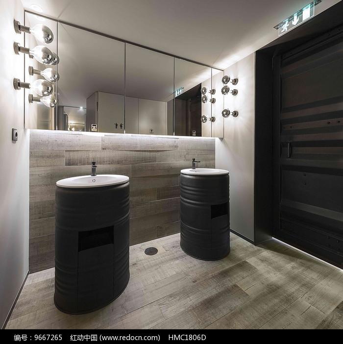 简约西餐厅洗手间洗手台图片
