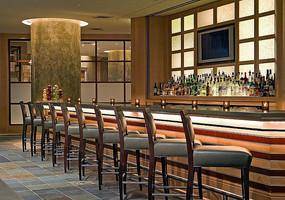 餐厅酒吧吧台