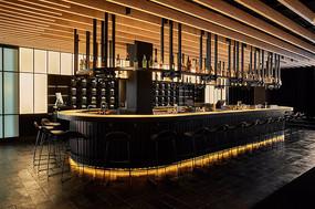 日式居酒屋椭圆形吧台